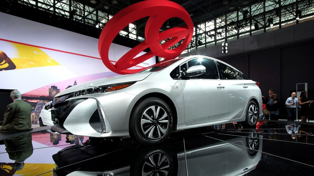 Toyota recalls 2.4 million hybrids over stalling risk