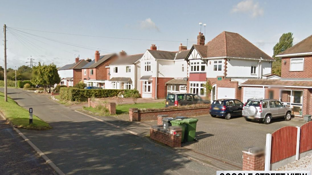 1e4322dfb7a [A murder investigation has been launched after a 15-year-old boy was  stabbed to death in Wolverhampton. Officers were called to a residential  road in a ...