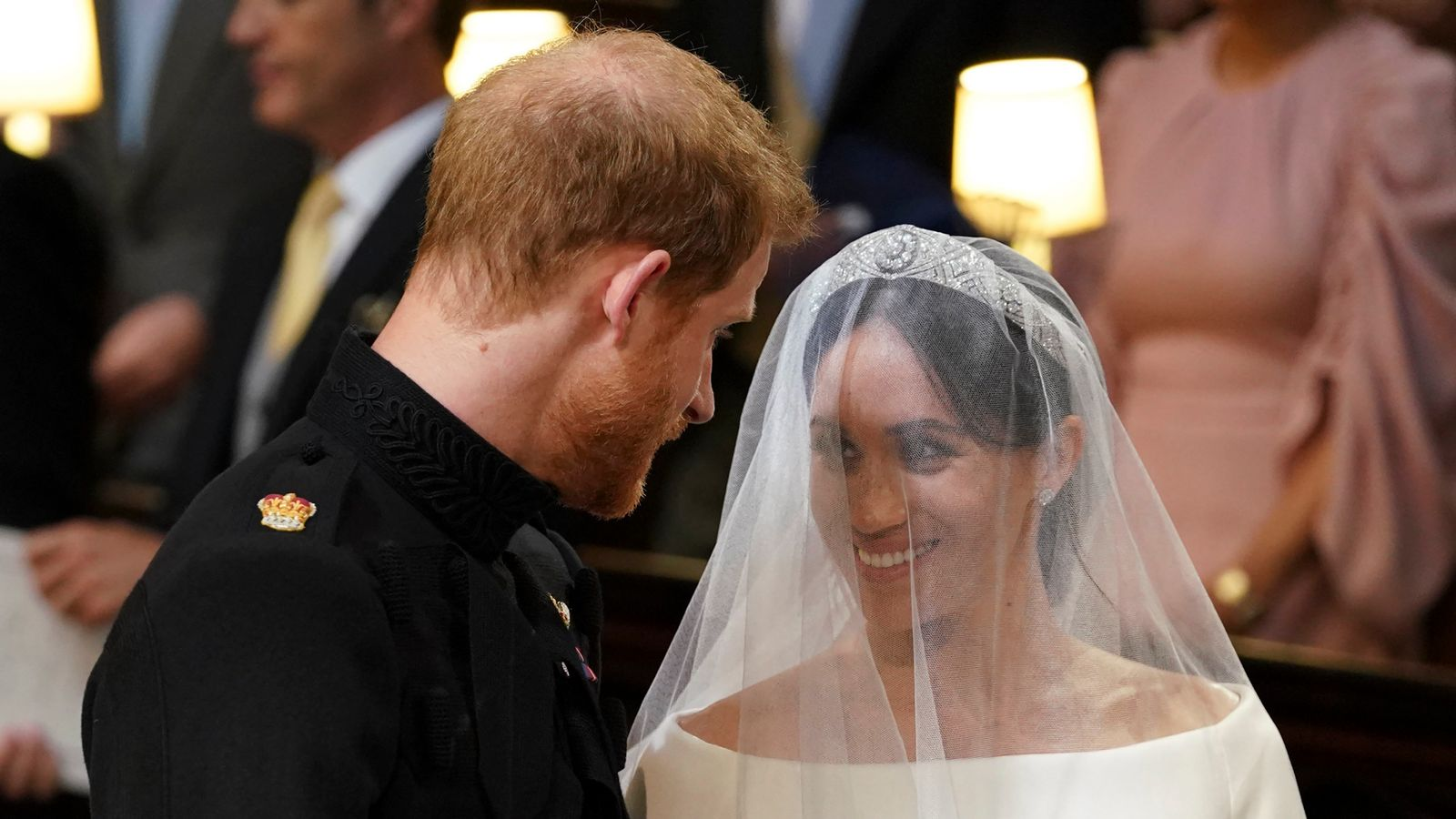 royal wedding lip reader reveals the moments of harry and meghan s day that you didn t hear uk news sky news royal wedding lip reader reveals the