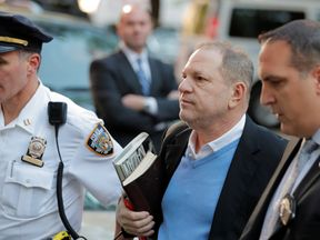 RTS1T6DW25 May. 2018New York, UNITED STATESFilm producer Harvey Weinstein arrives at the 1st Precinct in Manhattan in New York, U.S., May 25, 2018. REUTERS/Lucas Jackson