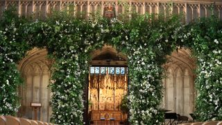Flowers adorn the front of the organ loft inside St George's Chapel at Windsor Castle for the wedding of Prince Harry to Meghan Markle. May 19, 2018. Danny Lawson/Pool via REUTERS