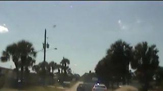 Florida cop slams car into escaping suspect's vehicle