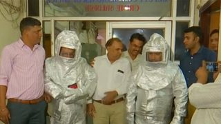 Indian conmen used 'spacesuits' to dupe businessman of over $200,000