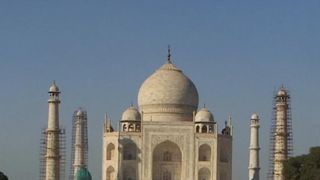 The Taj Mahal could be changing colour... but why?