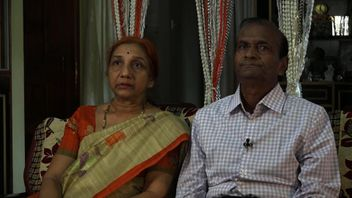 Savita's parents