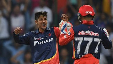 IPL: Delhi v Mumbai highlights