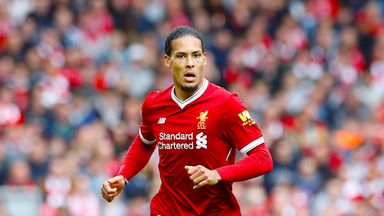 Carra: Van Dijk is best CB in PL