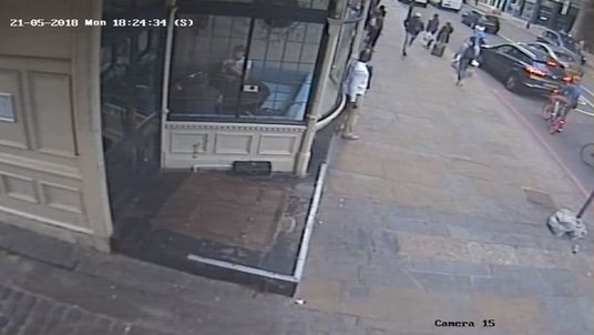 Man runs from scene in aftermath of fatal stabbing in Islington, north London