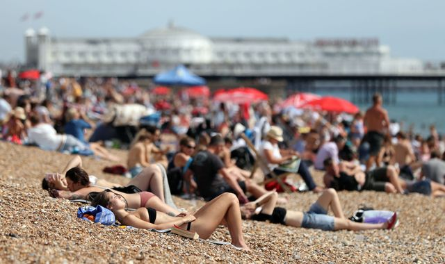 Sizzling End To May Bank Holiday Weekend As Record-Breaking Temperatures Expected