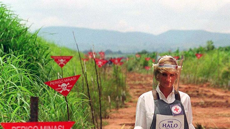 Diana in Angola for the HALO Trust in 1997