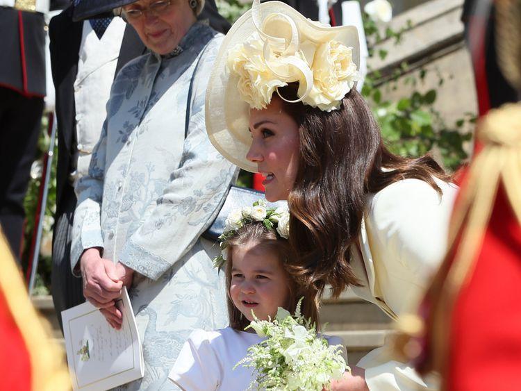 Duchess curtsy blood kate