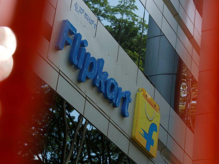 Walmart buys $16bn stake in India's Flipkart