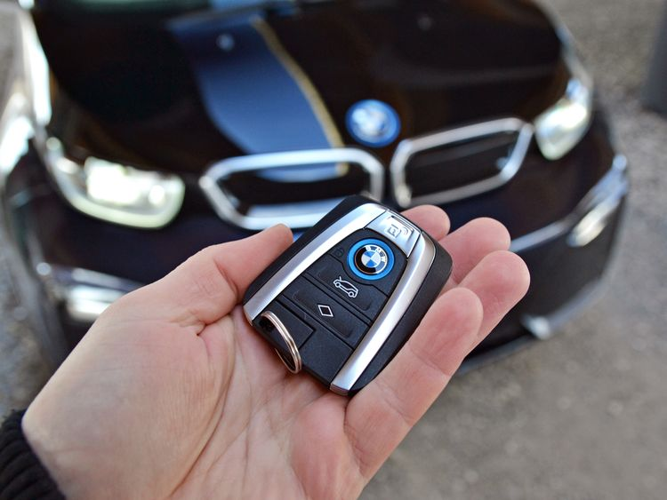 Bmw Wiring Harness Recall : Bmw to recall an extra cars in the uk over battery
