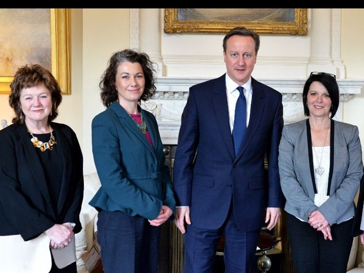 Jayne Senior (right) in Downing Street, May 2015 with (Right to Left) David Cameron, Sarah Champion MP and Alexis Jay.