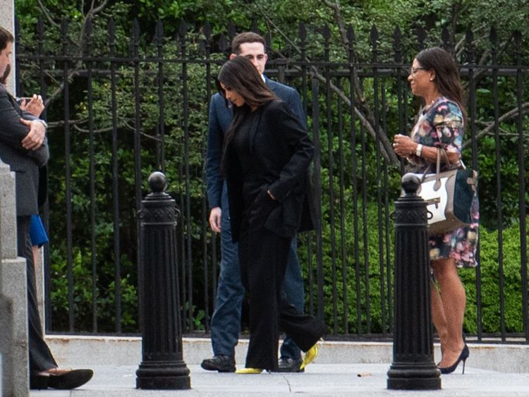 Kardashian at White House for prison reform talks