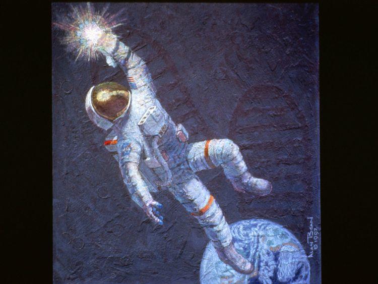 astronaut reaching space - photo #4