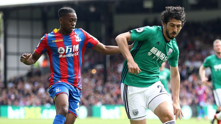 Crystal Palace defender Tomkins: Zaha deserves our Player of the Year