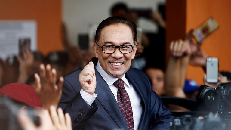 Anwar Ibrahim was greeted by supporters as he left hospital