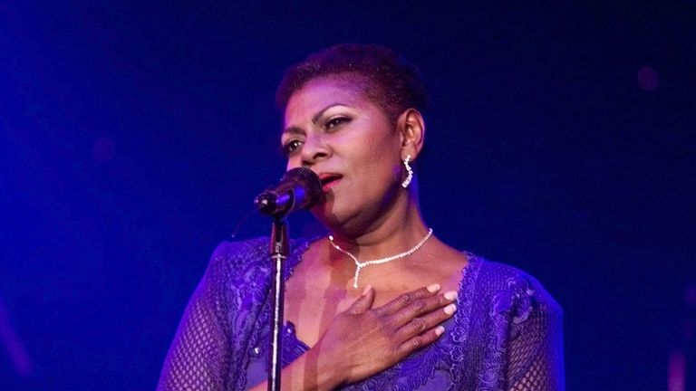 Singer Dee Dee Warwick has been accused in a new documentary