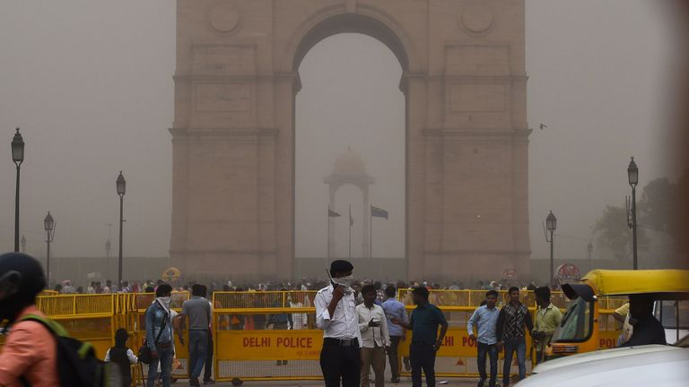 Dust storm in New Delhi