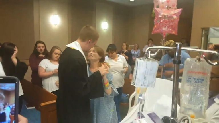 A woman hospitalised in Memphis, Tennessee, got her dying wish granted when she was able to witness her son graduate from high school in a special ceremony at the hospital.