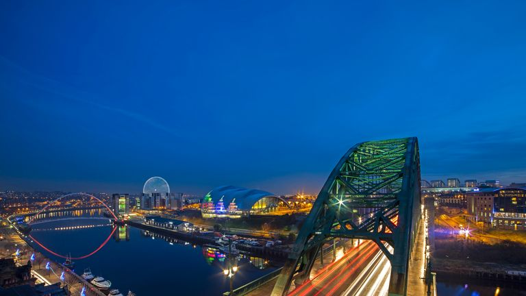 The Whey Aye will compliment Tyneside's iconic landscape. Pic: Graeme Peacock/World Wheel Company