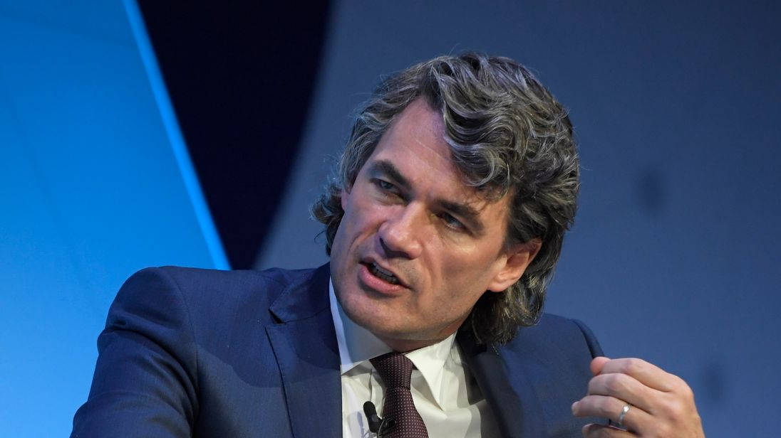 BT boss Gavin Patterson stepping down to quell shareholder frustrations