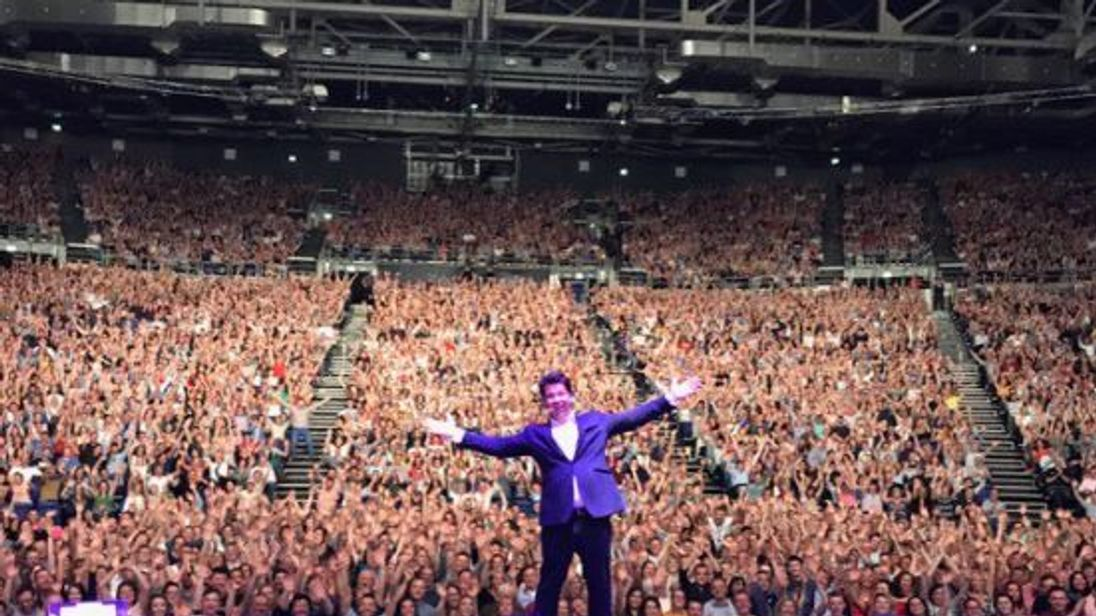 Michael McIntyre performs in Dublin. Pic: @McInTweet