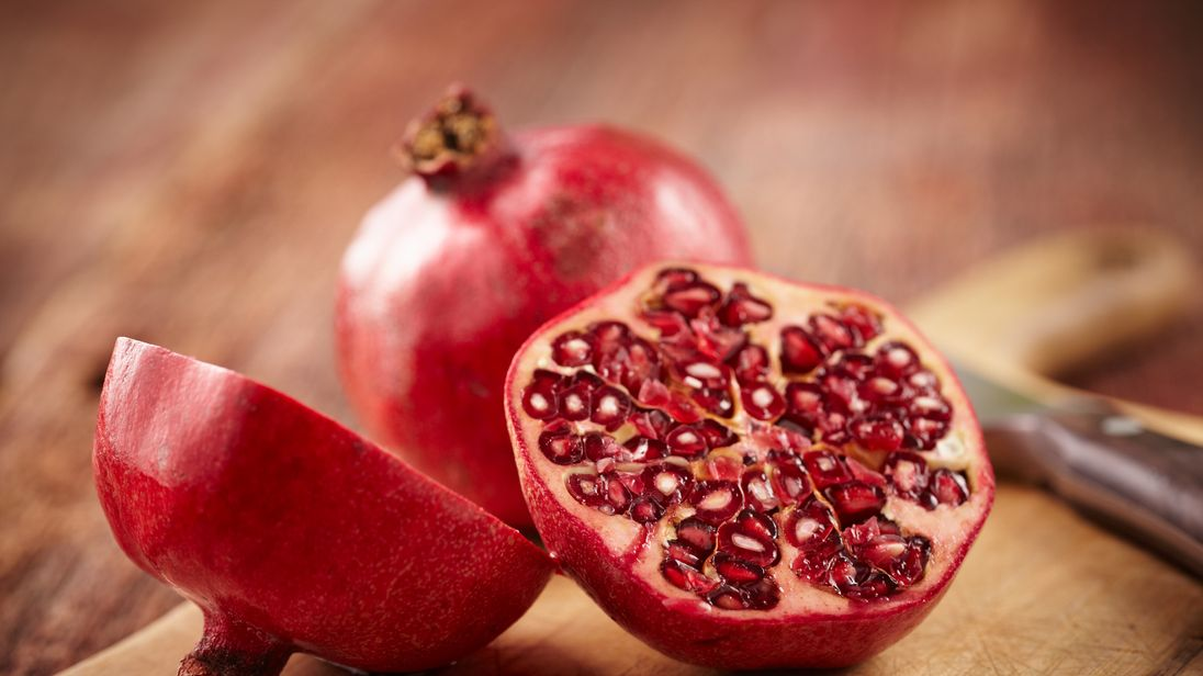 After eating frozen pomegranate, woman dies from hepatitis A