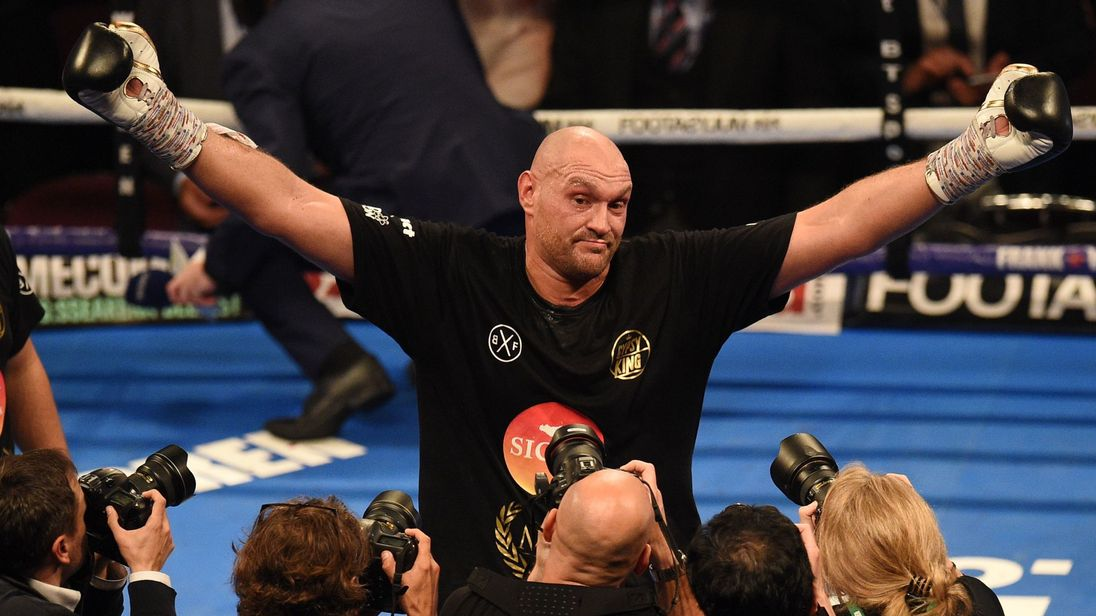 Tyson Fury won his first fight in two and a half years after four rounds
