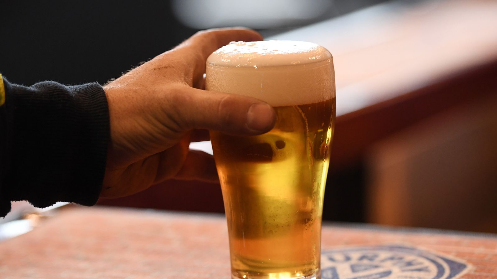 co2 shortage forces beer rationing and shuts down major abattoir