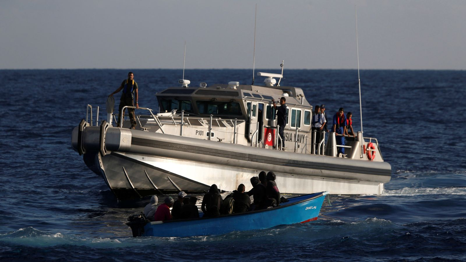 Thirty-five migrants killed after boat sinks