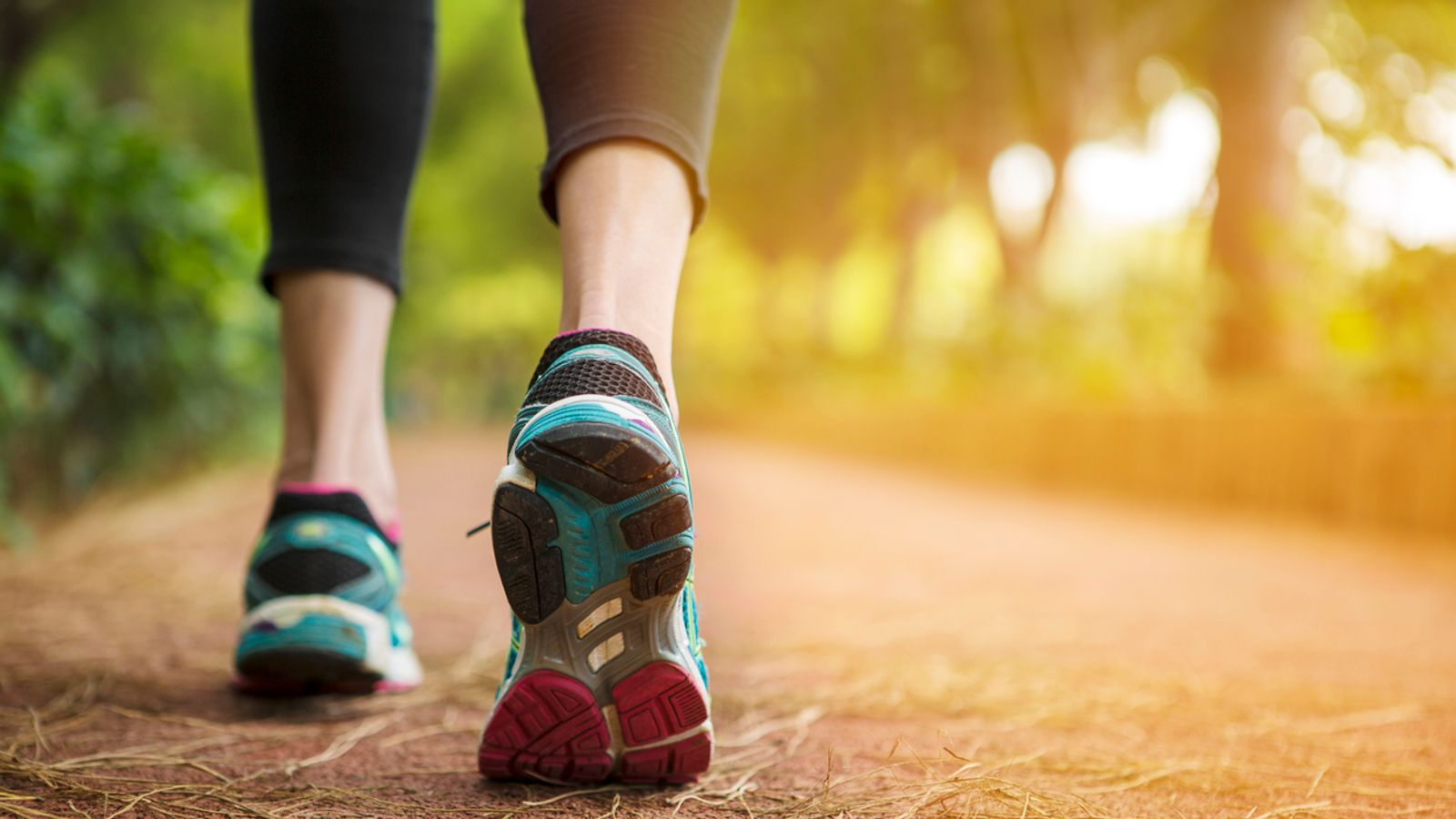 Forget 10,000 – new advice on how far you should walk daily   UK News   Sky News