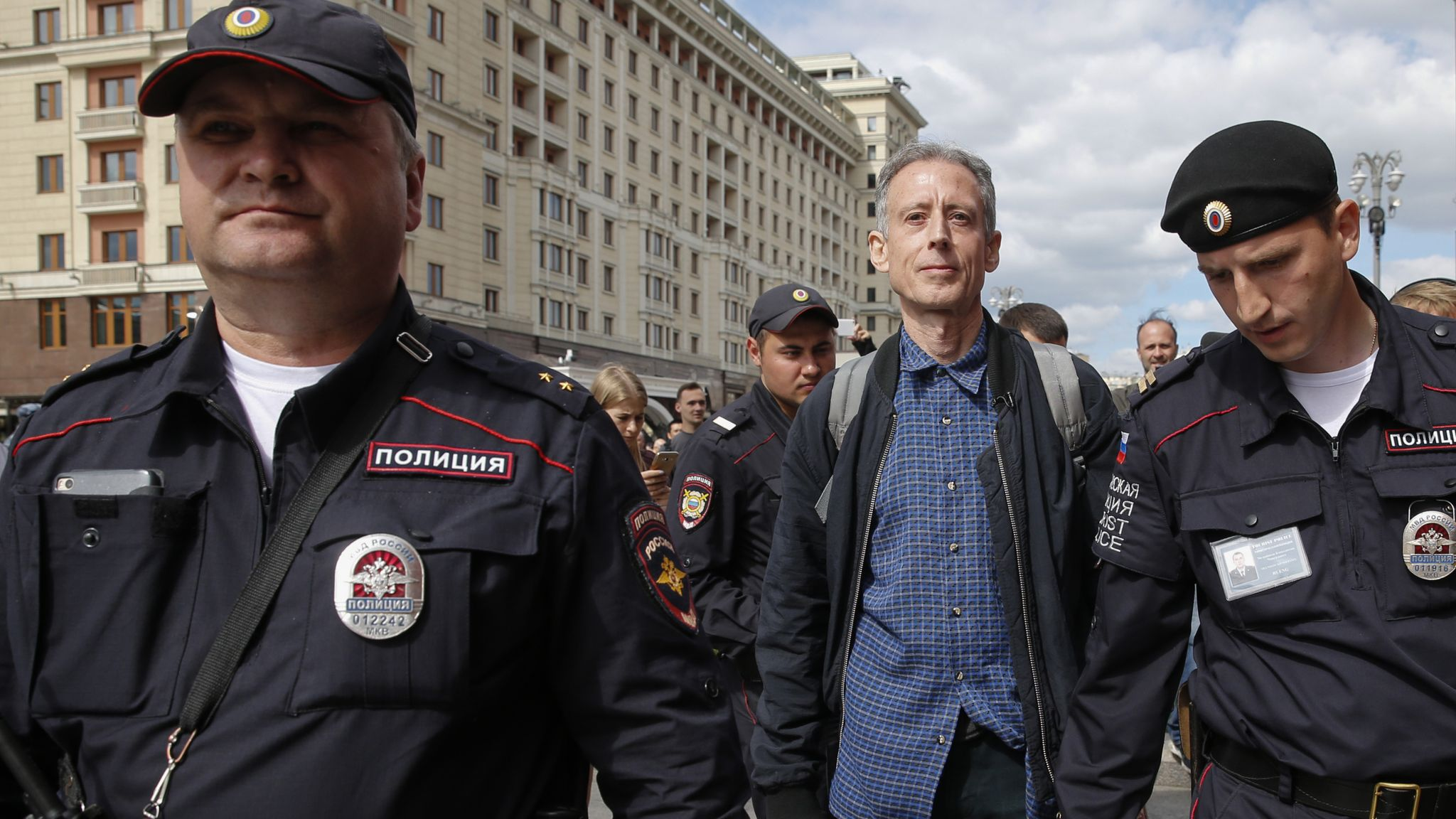 British LGBT campaigner Peter Tatchell detained by Russian police | World  News | Sky News