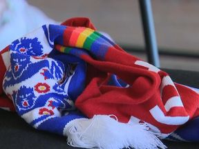 England and rainbow scarves world cup