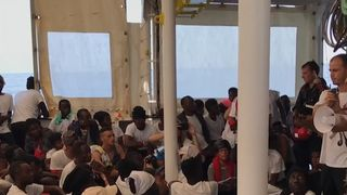 Migrants aboard Aquarius heading for Spain
