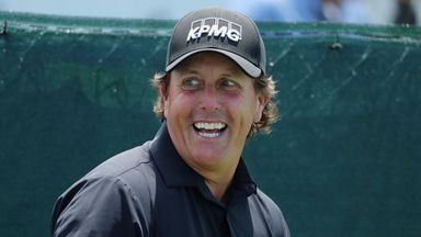 Did Mickelson offer to withdraw?