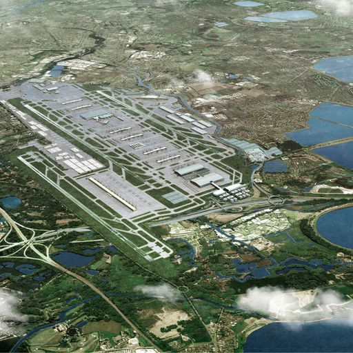 MPs back third runway at Heathrow Airport