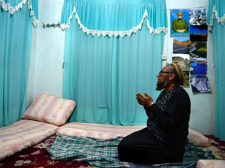 Bakhretdin Khakimov converted to Islam