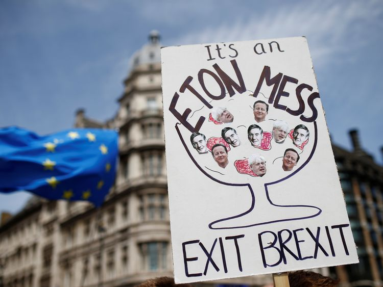 UK Euroskeptics Urge PM May to Prepare for 'no Deal' Brexit