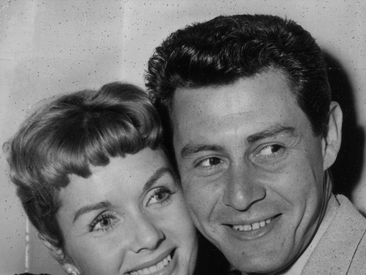 Debbie Reynolds with first husband Eddie Fisher in 1957