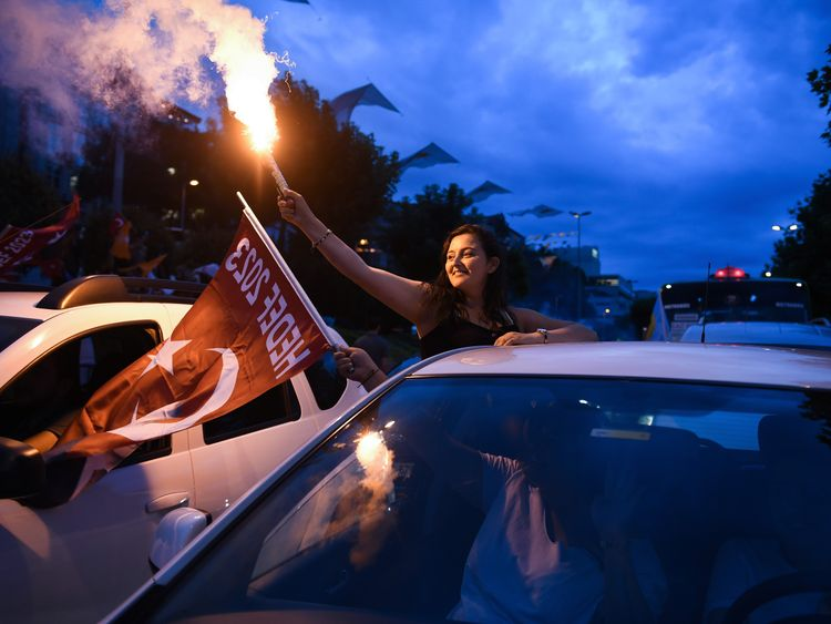 Recep Tayyip Erdogan's supporters celebrate in Istanbul