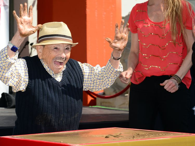 Jerry Maren, then aged 93, became one of the oldest and smallest honorees of a hand and foot ceremony in the history of the TCL Chinese Theater