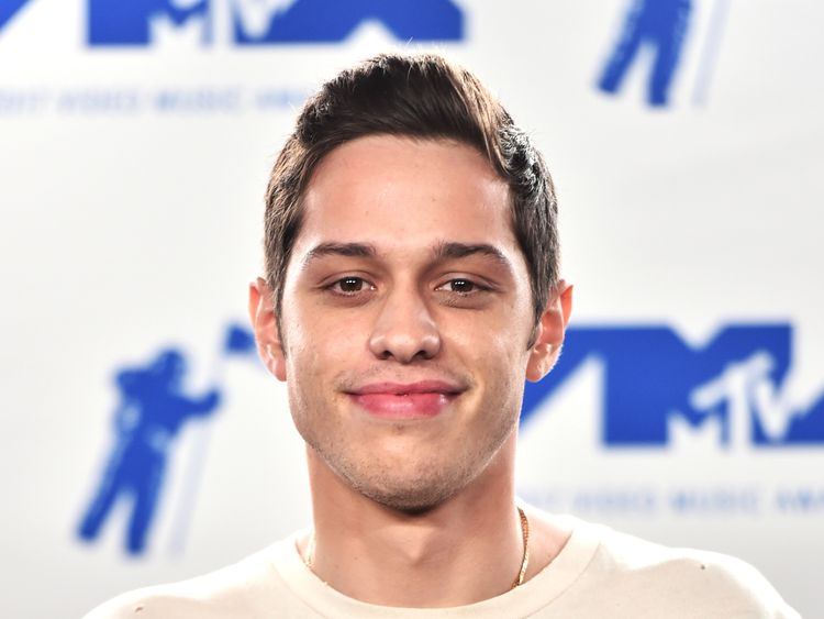 INGLEWOOD, CA - AUGUST 27: Pete Davidson poses in the press room during the 2017 MTV Video Music Awards at The Forum on August 27, 2017 in Inglewood, California. (Photo by Alberto E. Rodriguez/Getty Images)