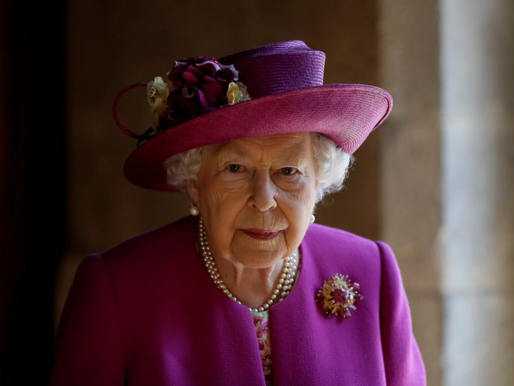 The Queen Has Undergone Surgery To Remove Cataract From Eye