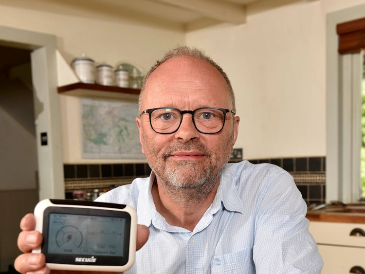 Actor Robert Llewellyn, best known as Kryten in Red Dwarf, as he urges all electric vehicle owners to keep tabs on exactly how much it costs to charge their car by getting a free smart meter from their energy supplier.