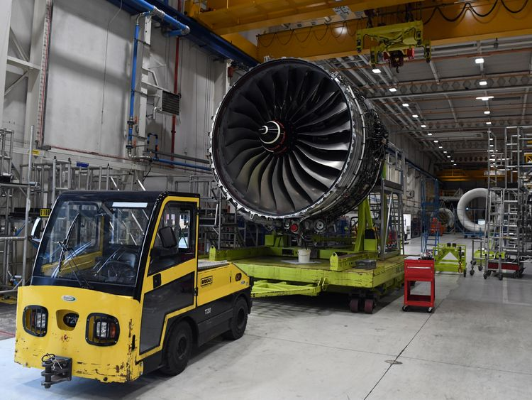 Rolls-Royce To Cut 4600 Jobs