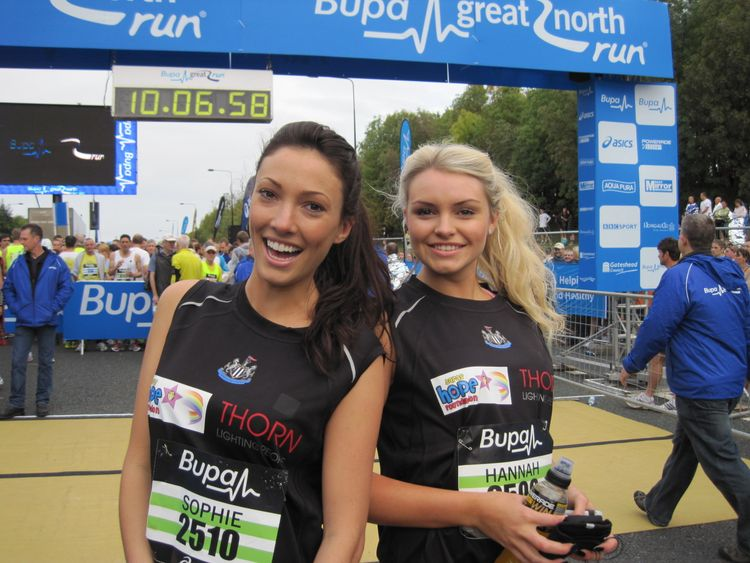 Former Miss Great Britain Sophie Gradon (left), and reigning Miss Newcastle Hannah Gray in 2011