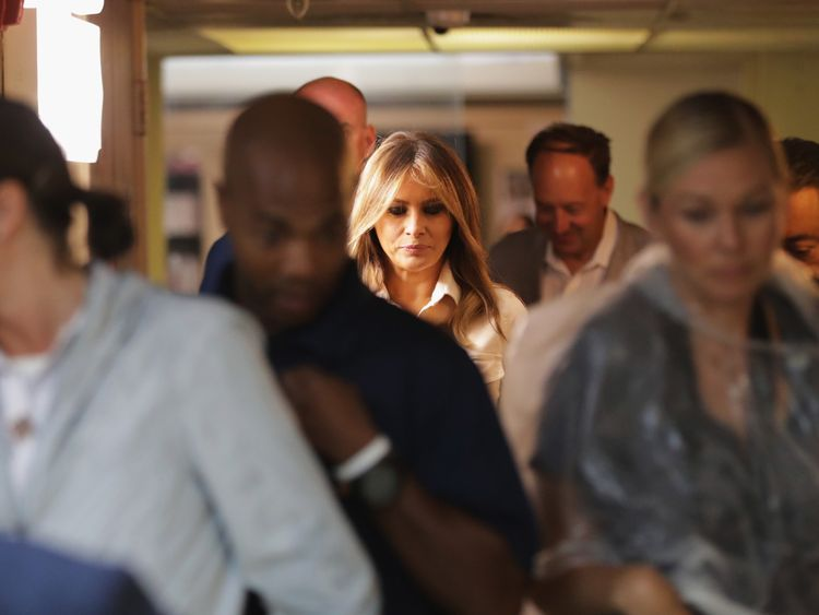 Melania Trump makes surprise visit to migrant children facility