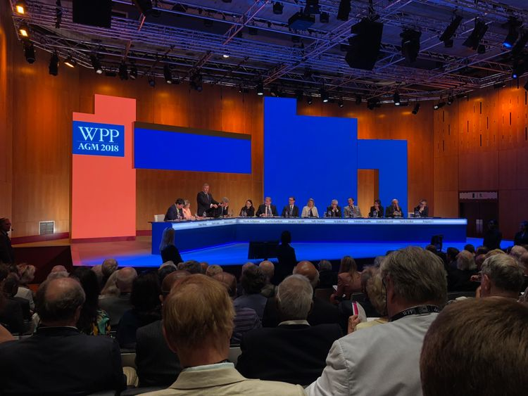 Investors give WPP a bloody nose over Sorrell payout